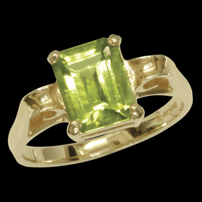 Shipton and Co Ladies Shipton and Co Exclusive 9ct Yellow Gold and Peridot Ring RY1752PE