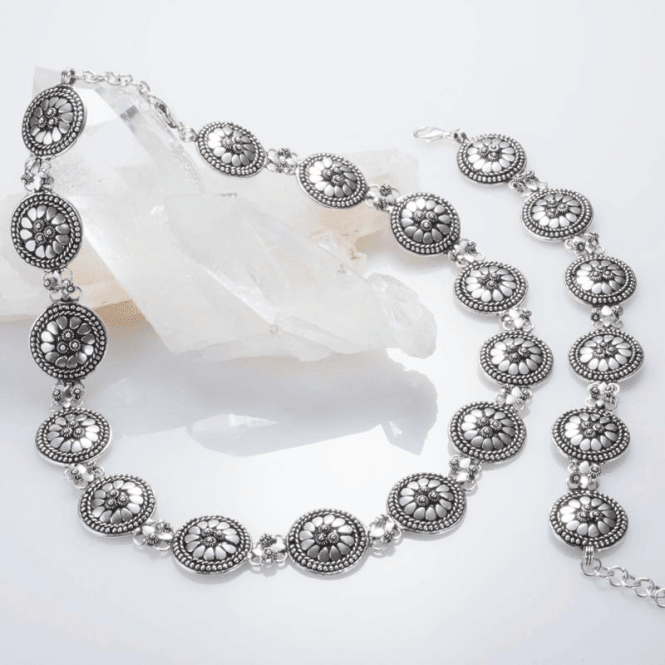 Ladies Shipton and Co Silver Handmade Flower Pattern Discs Necklace 17 Inches Long and 2 Inch Extender Chain TFE061NS
