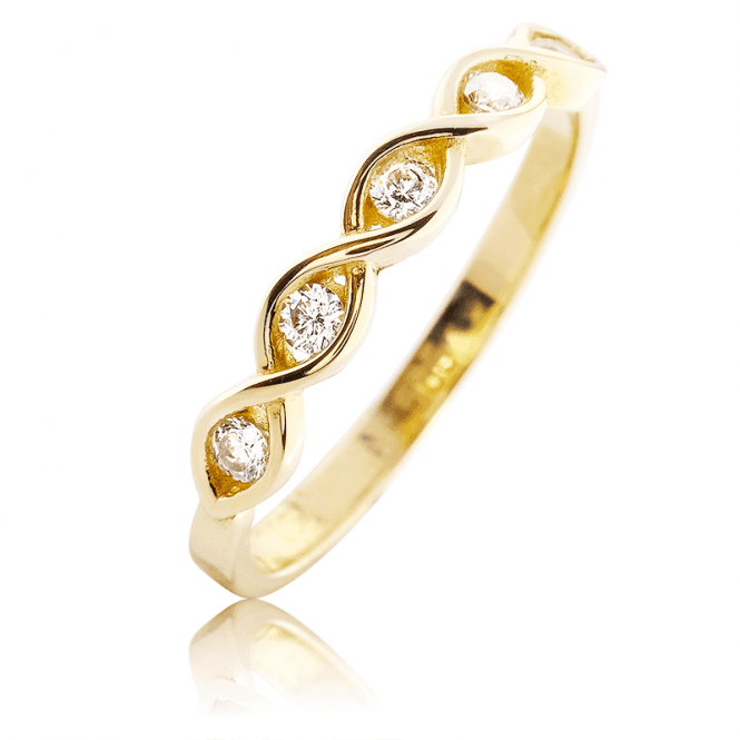 Irresistible ?Diamond? Sparkle on a 9ct Yellow Gold Ring