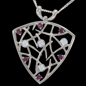 Ladies Shipton and Co Exclusive Silver and Moonstone Pendant including a 16 Silver Chain PQA279MSRH