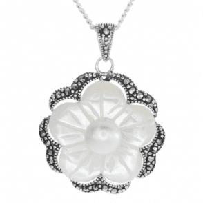 Beautifully Detailed Pearl Flower Pendant