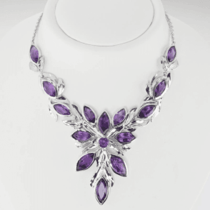 Leafy Dream Design set with 18.65cts of Faceted Amethyst Necklet