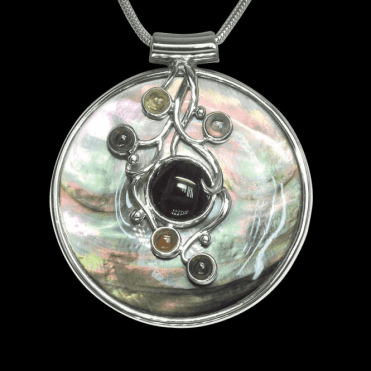 Ladies Shipton and Co Exclusive Silver and Multiple Stone Pendant including a 16 Silver Flexisnake Chain TTL051MU