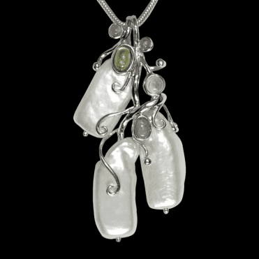 Ladies Shipton and Co Exclusive Silver and Multiple Stone Pendant including a 16 Silver Flexisnake Chain TTL105MU