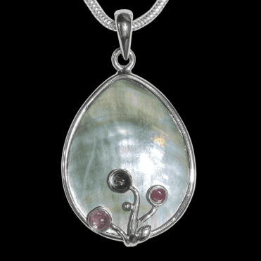 Ladies Shipton and Co Exclusive Silver and Multiple Stone Pendant including a 16 Silver Flexisnake Chain TTL110MU