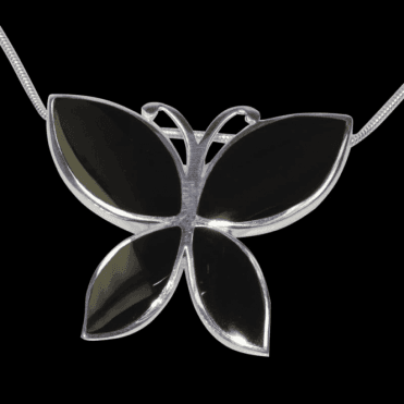 Ladies Shipton and Co Exclusive Silver and Onyx Pendant including a 16 Silver Flexisnake Chain TKW353ON