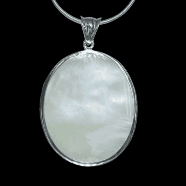 Ladies Shipton and Co Exclusive Silver Large Oval Mother of Pearl Pendant including a 16 Silver Flexisnake Chain TKW047PM