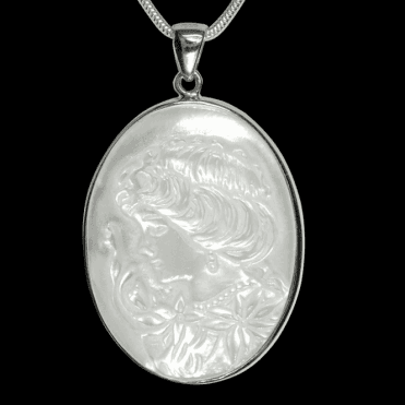 Shipton and Co Exclusive Silver Ladies Head Cameo Mother of Pearl Pendant including a 16 Silver Flexisnake Chain TTL111PM