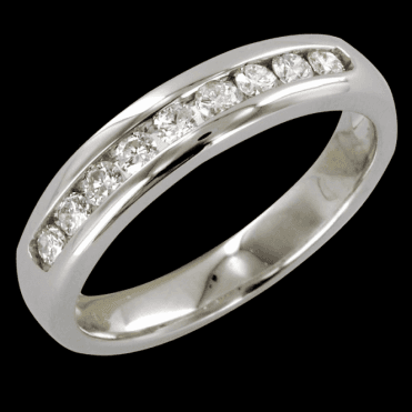 Ladies Shipton and Co Exclusive 9ct White Gold Qauter Carat Channel Set Half Eternity Diamond Ring RWD070DI