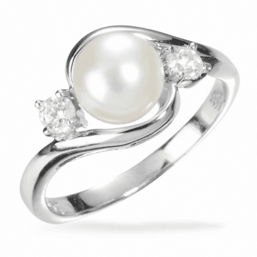 Ladies Shipton and Co Silver and Freshwater Pearls Ring TTL218FPZ