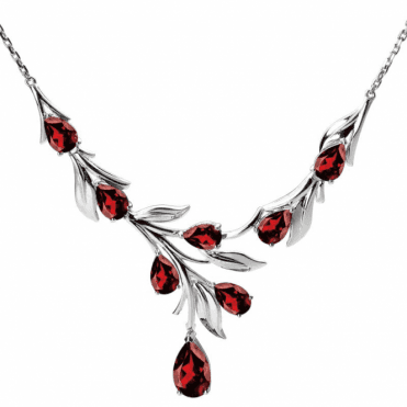 Ladies Shipton and Co Exclusive Silver and Garnet Necklace NQA320GR