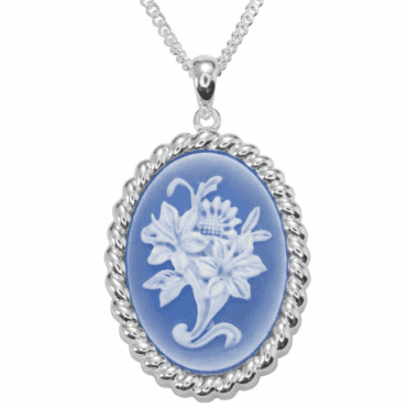 Ladies Shipton and Co Silver and Blue and White Agate Flower Cameo Pendant including a 16 Silver Chain TSS172BA