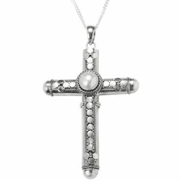 Ladies Shipton and Co Silver and Freshwater Pearl Handmade Cross Keepsake Pendant including a 16 Silver Chain TFE071FP