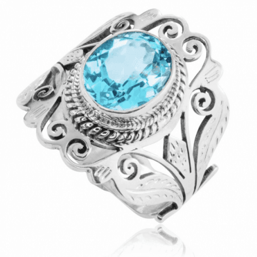 Ladies Shipton and Co  Silver and 11x9mm Oval Blue Topaz Handmade Ring TFE068BT