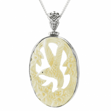 Ladies Shipton and Co Silver and Bone Hummingbird Pendant including a 16 Silver Chain TFE137BN