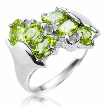 Ladies Shipton and Co Silver and Peridot Ring TSV049PE