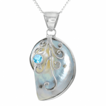 """Ladies Shipton and Co Silver and Blister & Nautilus Pearls Pendant including a 16"""" Silver Chain TFE271BPBT"""