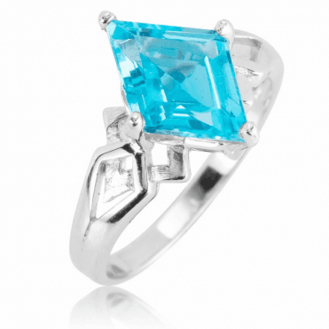 Alpine Ring with 3cts of Swiss Blue Topaz