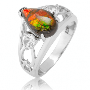 History Revealed in 2½cts of Dazzling Ammolite