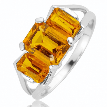 Trilogy Ring with 3cts of intensely Rich Citrine