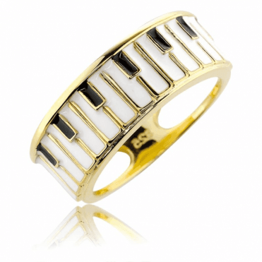 Piano Ring A Prelude to Unforgettable Moments
