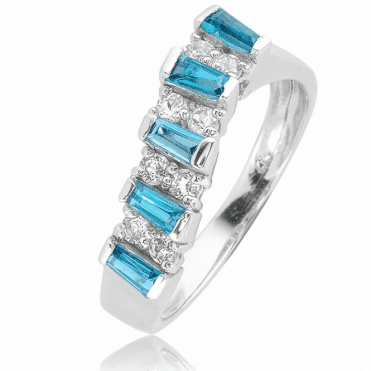 Rialto Ring with nearly 1ct Contrasts of Luxurious Topaz