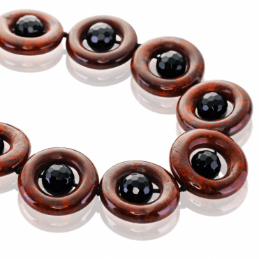 550cts of Jasper & Onyx Designed Like Richly Delicious Sweets