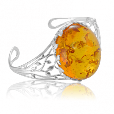 50 Million Bangle Celebrates the Origins of Baltic Amber