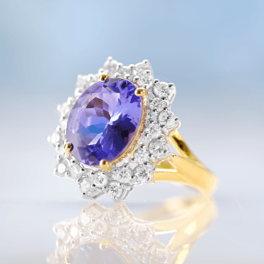 St. Moritz Ring with 5cts of Tanzanite & Ice-bright Diamonds