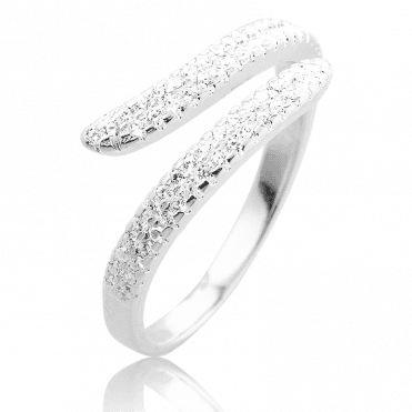 Sparkling Pavé Ring with a Perfect Comfort Fit