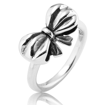 Little Bow Ring in Solid Sterling Silver