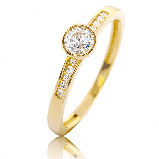 Shipton?s Secret Sparkle on a New 9ct Gold Ring