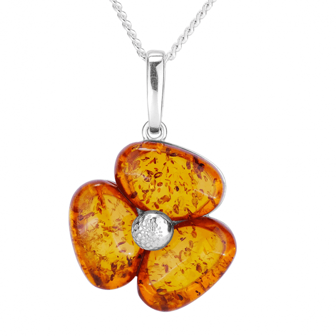 Classic Clover Pendant set with 6cts of Ancient Amber