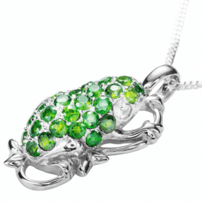 Ladies Shipton and Co Exclusive Silver and Diopside Pendant including a 16 Silver Chain PQA429DO